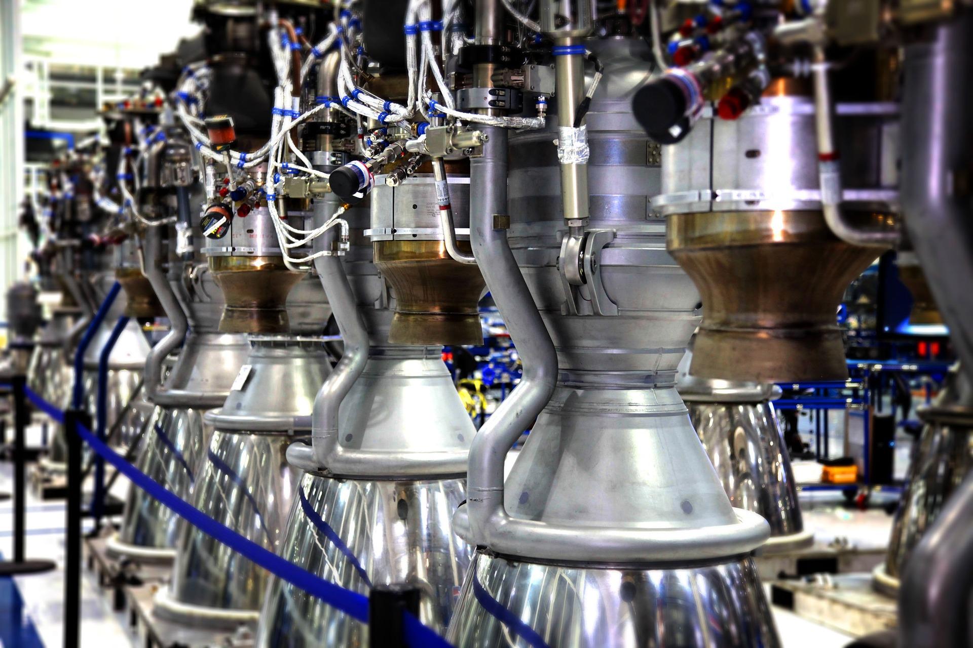 rocket-motors-693265_1920